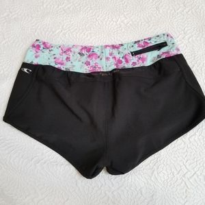 O'Neill Shorts - O'Neill 365 Womans Floral Athletic shorts